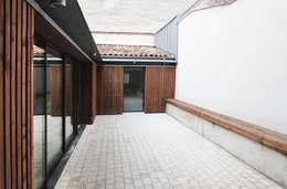 MAISON BEZIERS - BORDEAUX  [33]: Maisons de style de style Moderne par 3759 Architecture