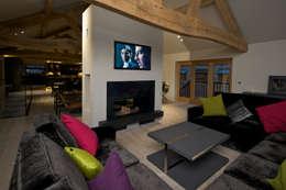 Yorkshire Design Associates: rustik tarz tarz Oturma Odası