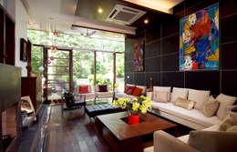 M House:   by Kumar Moorthy & Associates