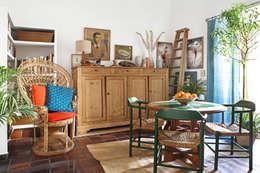Comedores de estilo mediterráneo por Casa Josephine