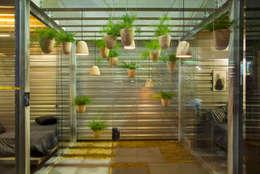 Jardines de estilo industrial por Luiza Soares - Paisagismo