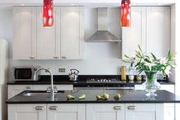 Cucina in stile in stile Eclettico di Amanda Neilson Interiors