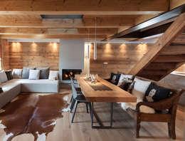 Ruang Keluarga by archstudiodesign