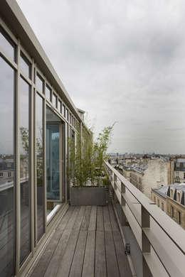 Loft LK, Paris: Terrasse de style  par Olivier Chabaud Archtct