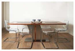 Sala de jantar  por LI-VING design ideas