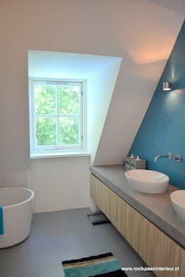 moderne Badkamer door RON Stappenbelt, Interiordesign