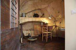 rustic Bedroom by FRANCESCO CARDANO Interior designer