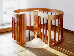 modern Corridor, hallway & stairs تنفيذ Daniel Beutler Treppenbau