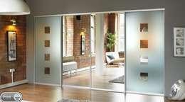 Projekty,  Sypialnia zaprojektowane przez Wardrobe Design Online