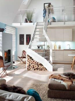 Corridor, hallway & stairs  by Besser Treppen GmbH