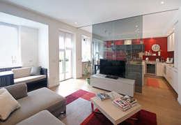 Salas de estilo minimalista por Filippo Colombetti, Architetto
