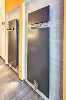 Salle de bain de style de style Moderne par Innenarchitektin Katrin Reinhold