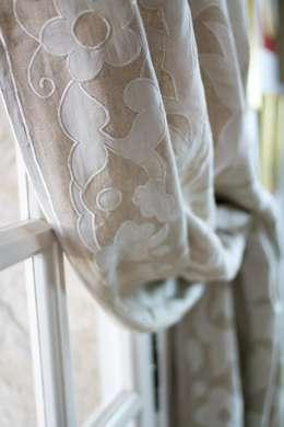 غرفة المعيشة تنفيذ Atelier Textiles