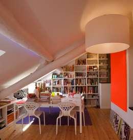 Projekty,  Domowe biuro i gabinet zaprojektowane przez SILVIA MASSA STUDIO