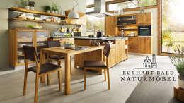 Cocinas de estilo rústico por Eckhart Bald Naturmöbel