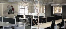 Paramount Office Interiors의  회사