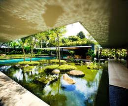 Casas  por Guz Architects