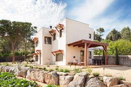 Maison de style  par HOUSE HABITAT