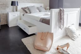 modern Bedroom by Massiv aus Holz