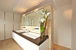 Ja, het is mogelijk: behang in de badkamer