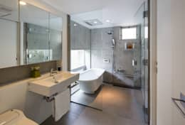 modern Bathroom by Kenji Yanagawa Architect and Associates