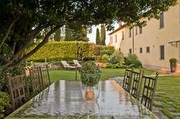 archbcstudio: klasik tarz tarz Bahçe