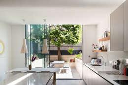 Cuisine de style de style Moderne par Architecture for London