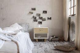 Projekty,  Sypialnia zaprojektowane przez Andrea Brugnera Design