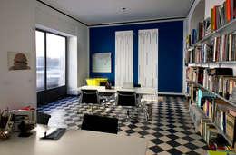 Estudios y oficinas de estilo moderno por Elena Cerizza Architetto