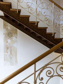 Wohnwert Innenarchitektur의  복도, 현관 & 계단