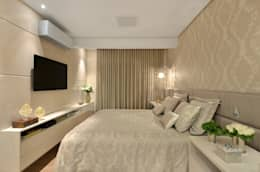 Dormitorios de estilo clásico por Redecker + Sperb arquitetura e decoração