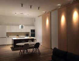 Cocinas de estilo moderno por Ivan Torres Architects