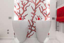 Baños de estilo minimalista de StudioG