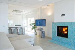 Projekty,  Salon zaprojektowane przez DEFPOINT STUDIO   architettura  &  interni