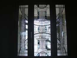 berkart vitray – özel tasarım villa giriş kapısı kurşunlu vitray ve fizyon çalışması:  tarz Pencere