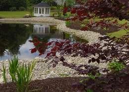 Jardin de style de stile Rural par Kevin Cooper Garden Design