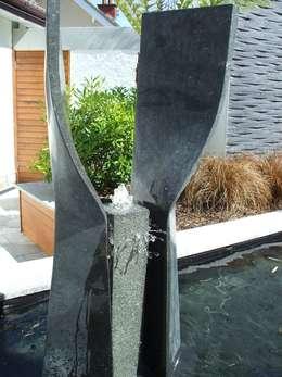 """A Contemporary """"Oasis"""": modern Garden by Kevin Cooper Garden Design"""