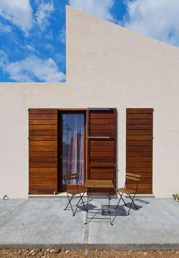 Casas de estilo mediterraneo por Joan Miquel Segui Arquitecte