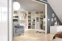 Closets modernos por deinSchrank.de GmbH