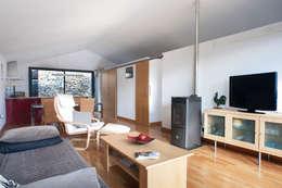 DMP arquitectura: modern tarz Oturma Odası