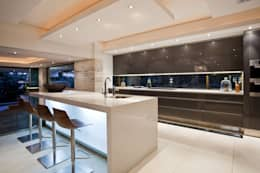 modern Kitchen by Metropole Architects - South Africa