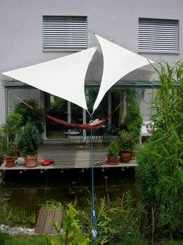 Balcones y terrazas de estilo moderno por Textile Sonnenschutz- Technik