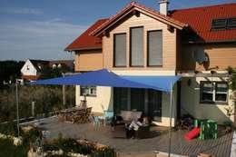 Projekty,  Balkon, weranda i taras zaprojektowane przez Textile Sonnenschutz- Technik