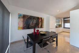 Salon de style  par Ana Rita Soares- Design de Interiores