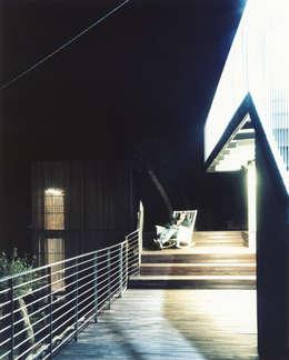 Maison entre ciel et mer à Sori: Maisons de style de style Méditerranéen par 5+1AA alfonso femia gianluca peluffo
