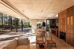 Livings de estilo moderno por ATV Arquitectos