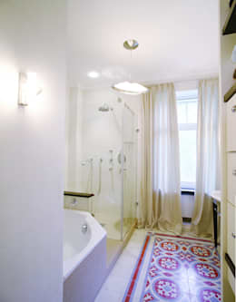 Salle de bains de style  par  Angelika Wenicker - Vollbad