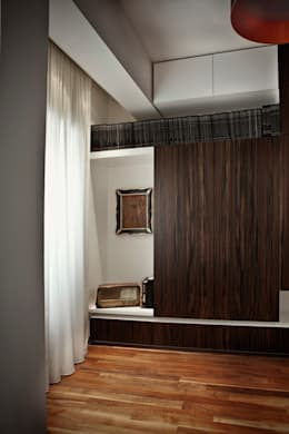 Residenza E42 Contemporary Sax: Camera da letto in stile in stile Moderno di Studio Cappellanti