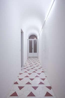 Casas de estilo  por Studio Peveri
