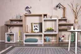 Salon de style de style Scandinave par PURE Wood Design